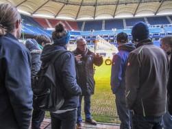 Im-Stadion-mit-Chef-Greenkeeper-Schulz